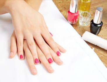 Kien Thuc Chu De Nail Salon